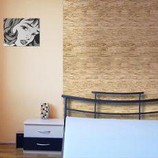 kőhatású fa panel 2